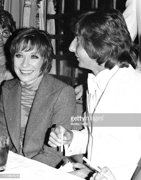 Shirley MacLaine and Barry Manilow during Barry Manilow Receives Ruby Award from After Dark Magazine April 26 1976 in New York City New York United...