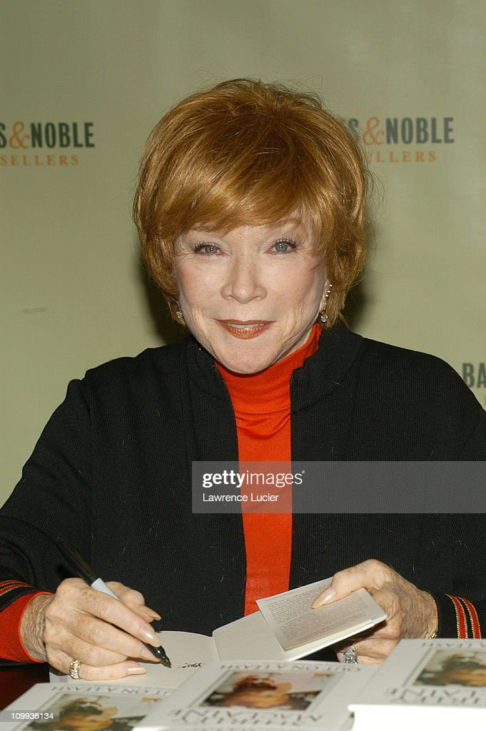 Shirley MacLaine Signs Her New Book Out On A Leash : News Photo