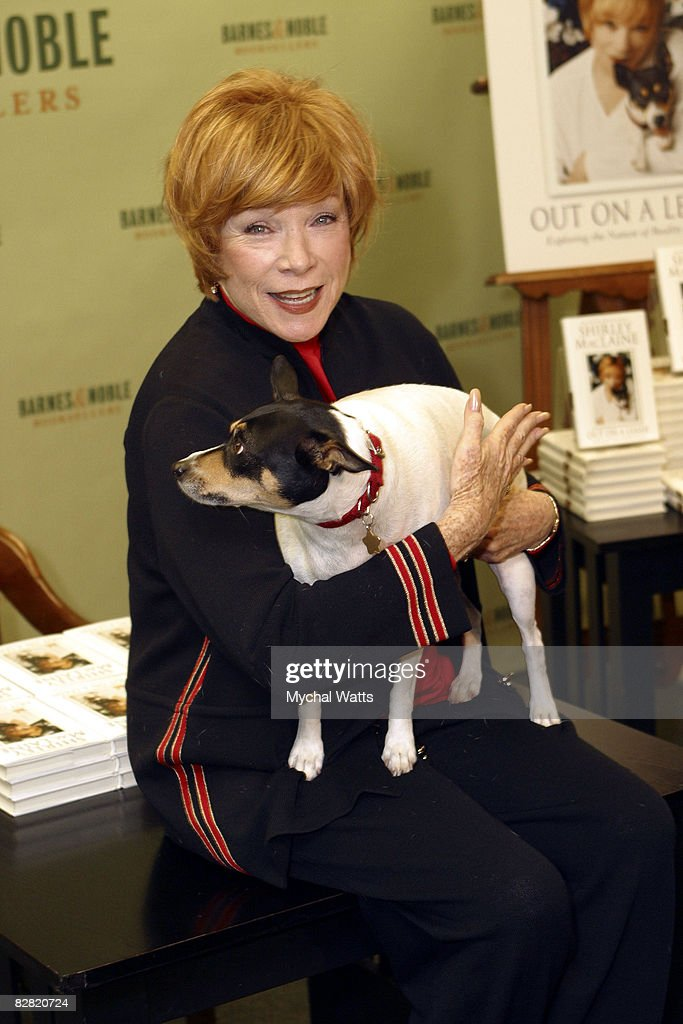 """Shirley MacLaine Book Signing for """"Out on a Leash"""" : News Photo"""