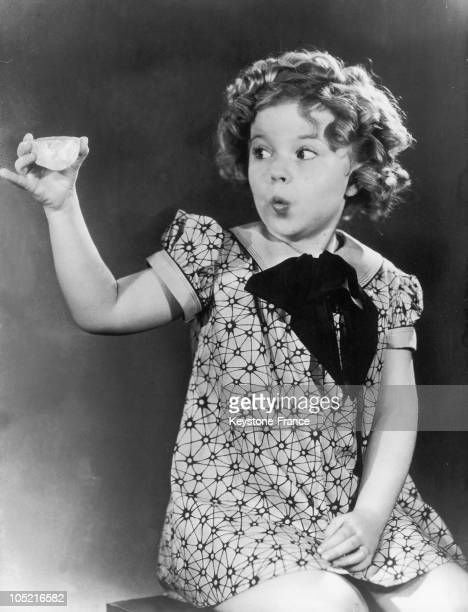 Shirley Temple Showing The Jonkers Diamond At The South California Fair In Los Angeles In October 1933