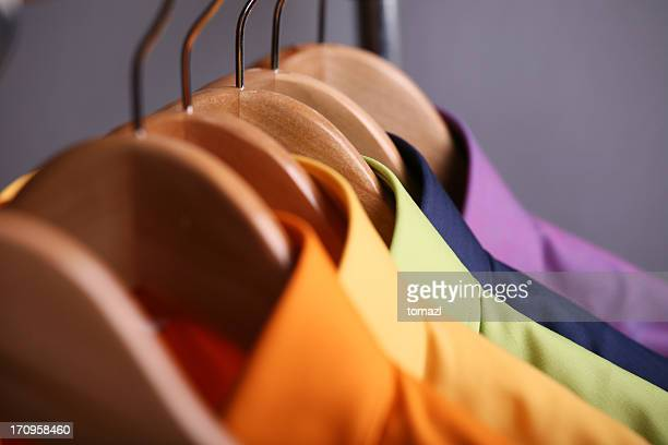 hemden rainbow - buntes hemd stock-fotos und bilder