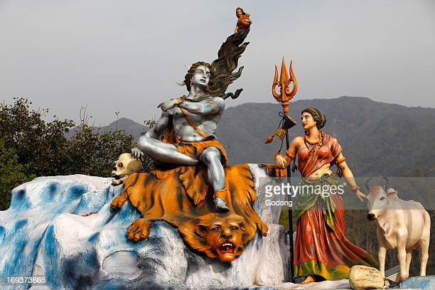Shiva And Parvati Statue In Rishikesh
