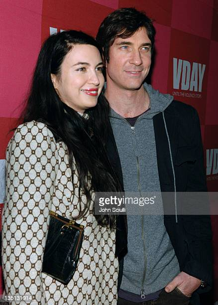 """Shiva Rose McDermott and Dylan McDermott during Eve Ensler's """"The Good Body"""" Opening Night Benefit for V-Day L.A. 2006 - Red Carpet at Wadsworth..."""