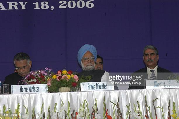 Shivraj Patil Union Cabinet Minister for Home Affairs with Manmohan Singh Prime Minister of India and Vijay Shankar CBI director at inaugural...