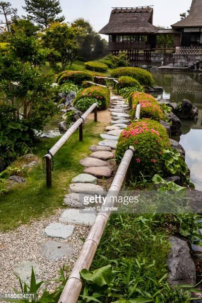 Shizuoka Tea Museum Garden - Tea Ceremony House Shoumokurou and Japanese Garden - The tea ceremony house Shoumokurou and its adjacent Japanese garden...