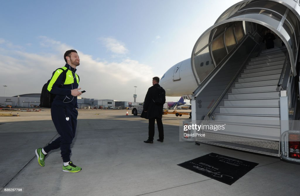 Arsenal Travel to Germany for their UEFA Champions League Match Against FC Bayern Muenchen : News Photo