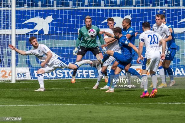 Shkodran Mustafi of FC Schalke 04, goalkeeper Ralf Faehrmann of FC Schalke 04 and Christoph Baumgartner of TSG 1899 Hoffenheim battle for the ball...