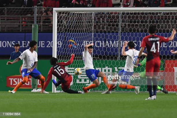 Sho Ito of Kashima Antlers scores the first goal during the AFC Champions League Group E match between Kashima Antlers and Shandong Luneng at Kashima...