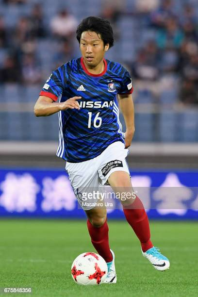 Sho Ito of Yokohama FMarinos in action during the JLeague J1 match between Yokohama FMarinos and Gamba Osaka at Nissan Stadium on April 30 2017 in...