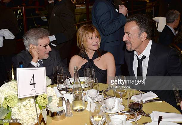USC Shoah Foundation Honorary Chair Steven Spielberg actress Kate Capshaw and musician Bruce Springsteen attend USC Shoah Foundation's 20th...
