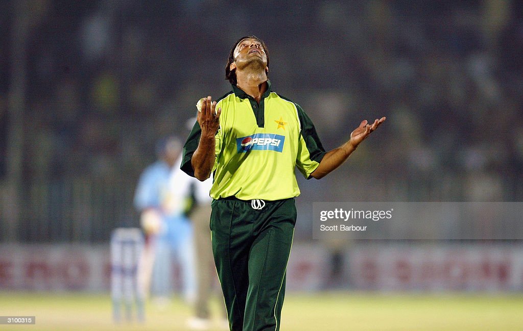 Shoaib Akhtar of Pakistan looks skyward as he prepares to bowl a hat-trick delivery during the second Pakistan v India one day international match played at Pindi Cricket Stadium March 16, 2004 in Rawalpindi, Pakistan.