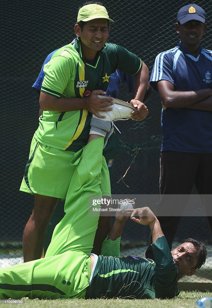Shoaib Akhtar of Pakistan Announces His Retirement From International Cricket : News Photo