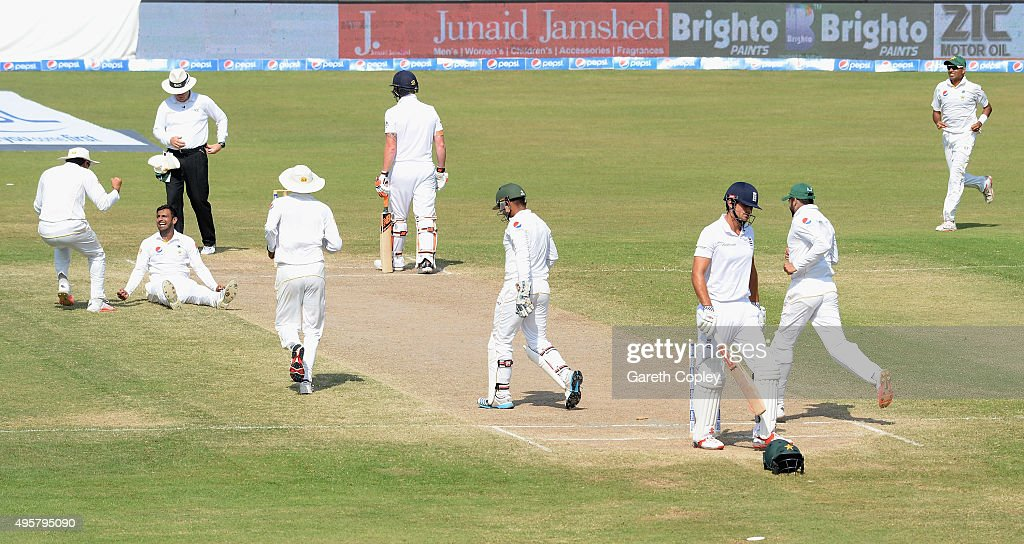 Pakistan v England - 3rd Test: Day Five : News Photo