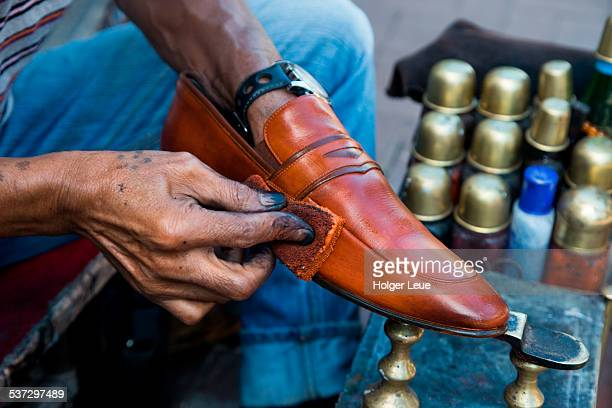 Shoe shine in pedestrian zone