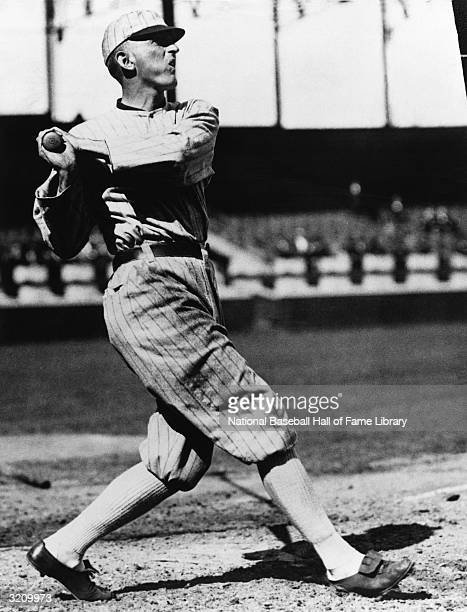 Shoeless Joe Jackson of the Chicago White Sox swings at a pitch circa 191520