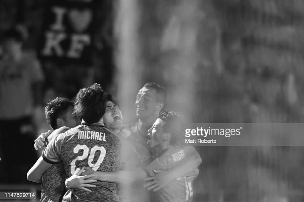Shogo Taniguchi of Kawasaki Frontale celebrates scoring a goal with team mates during the AFC Champions League Group H match between Kawasaki...