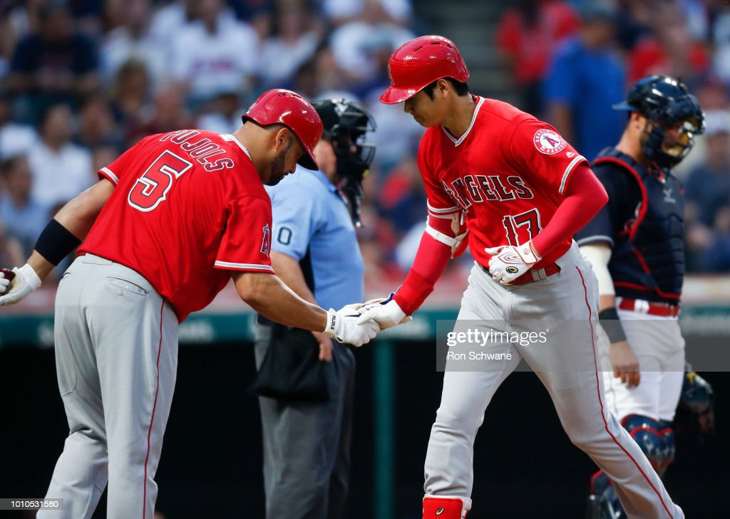 Los Angeles Angels of Anaheim v Cleveland Indians : News Photo