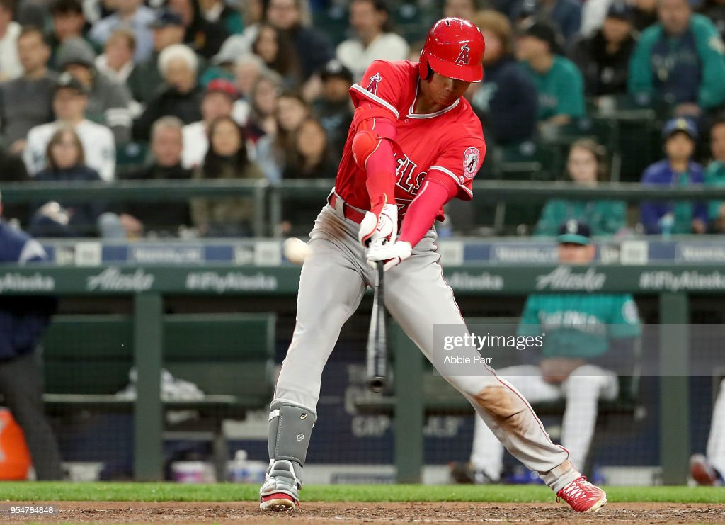 Los Angeles Angels of Anaheim  v Seattle Mariners : ニュース写真