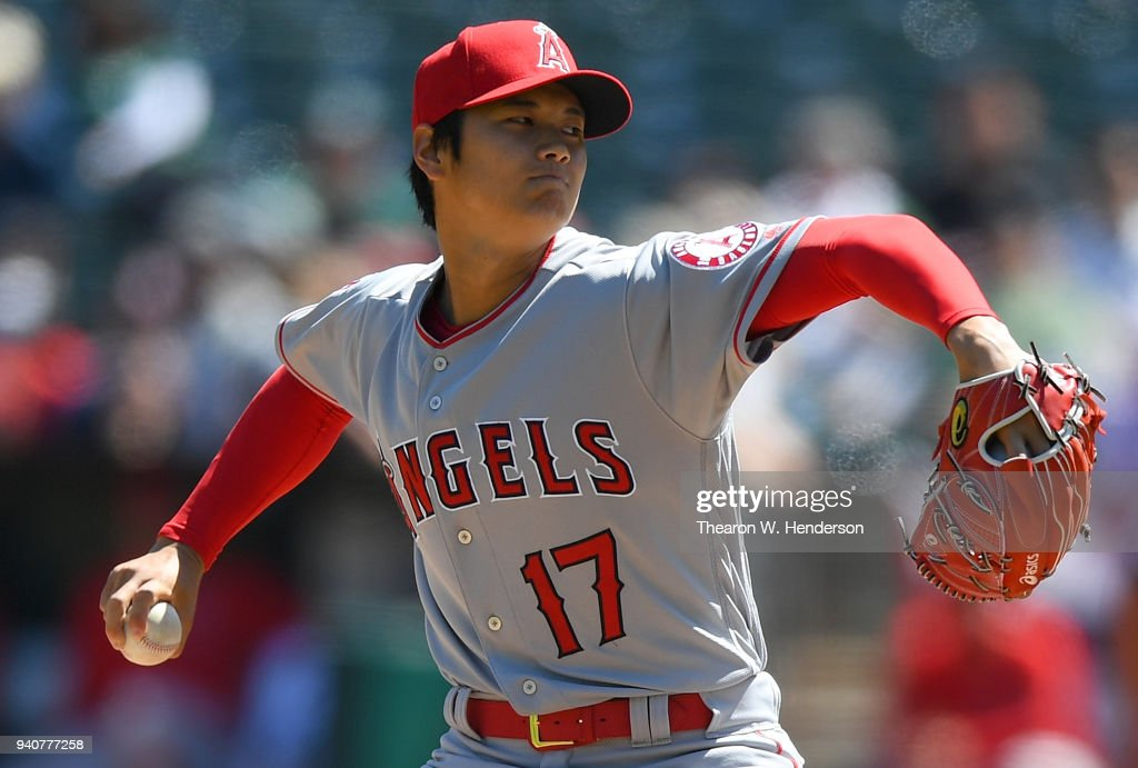 Los Angeles Angels of Anaheim  v Oakland Athletics : Fotografía de noticias