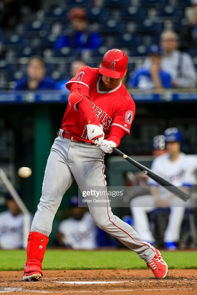 Shohei Ohtani #17 of the Los Angeles Angels swings at the ball during the second inning against the Kansas City Royals at Kauffman Stadium on April 13, 2018 in Kansas City, Missouri.