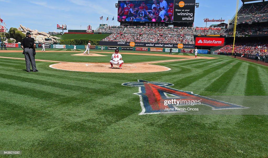 Shohei Ohtani #17 of the Los Angeles Angels warms up before the start of the third inning of the game against the Oakland Athletics at Angel Stadium of Anaheim on April 8, 2018 in Anaheim, California.