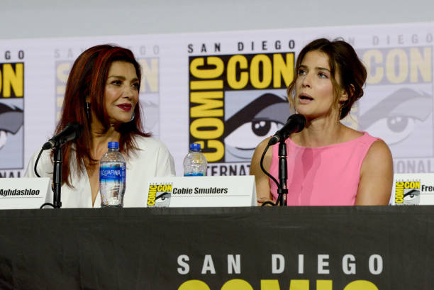 "CA: 2019 Comic-Con International - ""Entertainment Weekly: Women Who Kick Ass"" Panel"