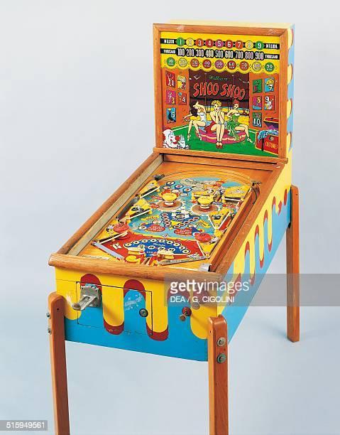Shoo Shoo pinball machine made by Williams 1950 United States of America 20th century