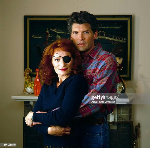 Shoot Date: December 7, 1990. WENDY ROBIE;EVERETT MCGILL