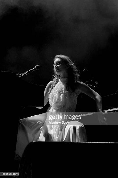 Shooting at the Sydney Opera House is always a great experience but when it's just you, 3 other photographers and Tori Amos it's slightly surreal....