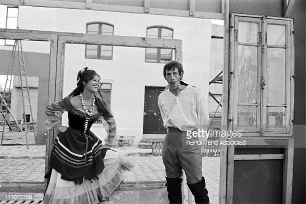 shooting 'CARTOUCHE' by PHLIPPE DE BROCA JeanPaul Belmondo with Claudia Cardinale in France on November 08 1962