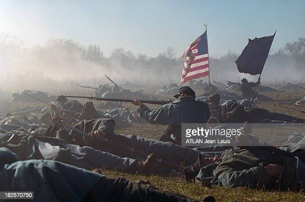 "Shooting Of The Film ""Gods And Generals"" By Ted Turner. Maryland aux Etats-Unis, décembre 2001. Tournage du film ""Gods and Generals"" réalisé par..."