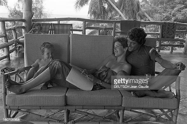 Shooting Of The Film 'good Bye Emmanuelle' By Francois Leterrier With Sylvia Kristel Les Seychelles 30 Avril 1977 Lors du tournage du troisième...