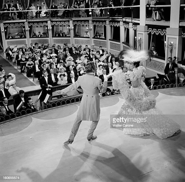 Shooting Of The Film 'la Belle Otero' By Richard Pottier En France en 1954 sur le tournage du film 'La belle Otero' de Richard POTTIER Jacques...