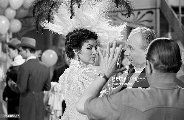 Shooting Of The Film 'la Belle Otero' By Richard Pottier En France en 1954 sur le tournage du film 'La belle Otero' Maria FELIX actrice portant une...