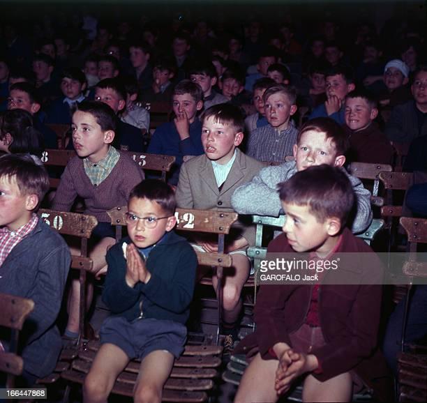 Shooting Of The Film 'La Douceur Du Village' By Francois Reichenbach SartheLoué 1964 Tournage du film 'La douceur de vivre' réalisé par François...