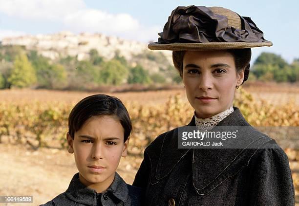 Shooting Of The Film ' La Gloire De Mon Pere' By Yves Robert. En France, le 14 novembre 1989, lors du tournage du film 'La Gloire de mon père' de...
