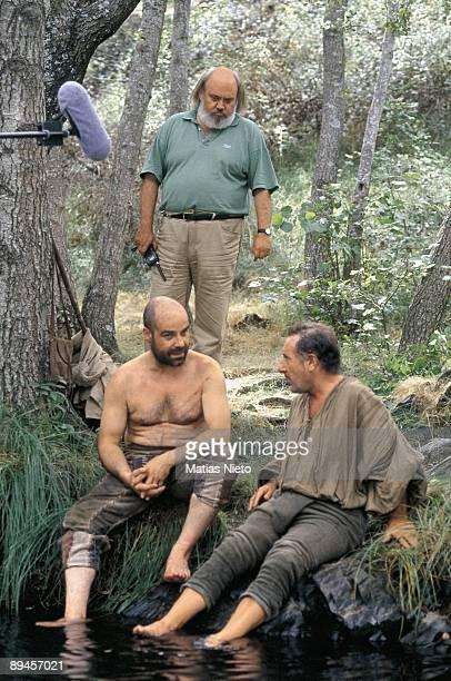 Shooting of the film 'La Marrana' The director Jose Luis Cuerda stares at the actors Antonio Resines and Alfredo Landa