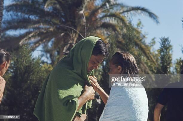 Shooting Of The Film 'La Piscine' By Jacques Deray Tournage du film 'La piscine' de Jacques DERAY dans le décor d'une somptueuse villa aux environs...