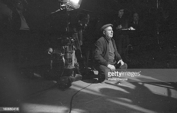 Shooting Of The Film 'le Rouge Et Le Noir' By Claude Autantlara En France en 1954 dans un studio de cinéma lors du tournage du film 'Le Rouge et le...