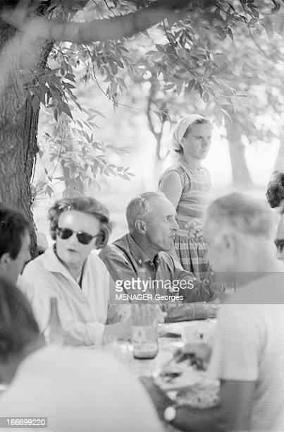 Shooting Of The Film 'Les Fetes Galantes' By Rene Clair En 1966 en Roumanie dans les studios de cinéma de BUFTEA dans le cadre du tournage de son...