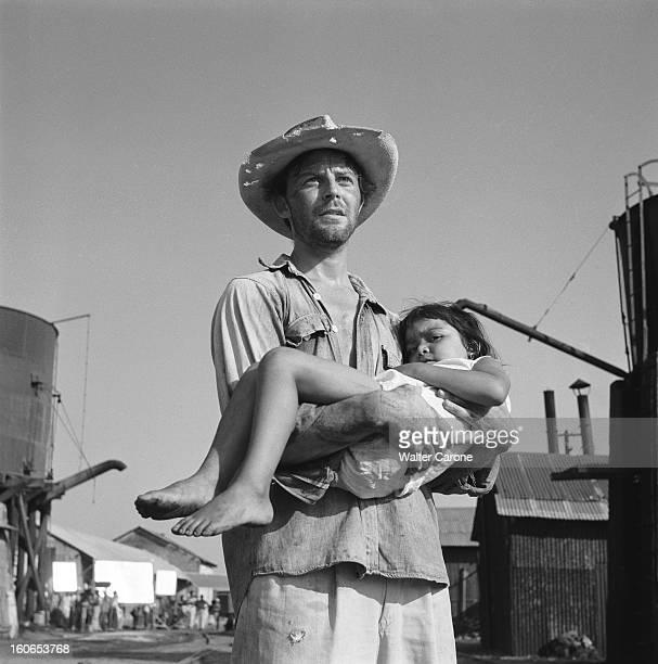 Shooting Of The Film 'les Orgueilleux' By Yves Allegret. Tournage du film 'Les orgueilleux' d'Yves ALLEGRET près de Vera-Cruz, dans le petit port...