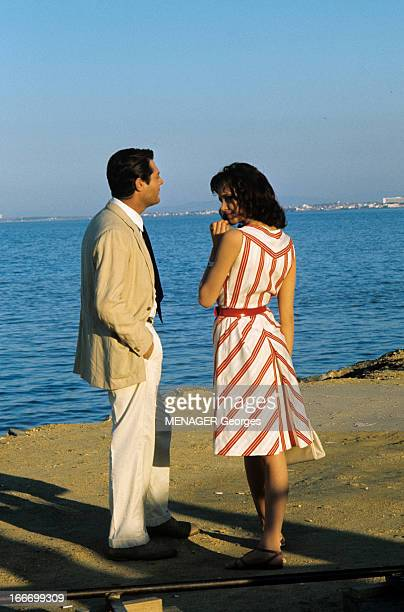 Shooting Of The Film 'L'Etranger' By Visconti Luchino Alger février 1967 Lors du tournage du film 'L'Etranger' du réalisateur Luchino VISCONTI...