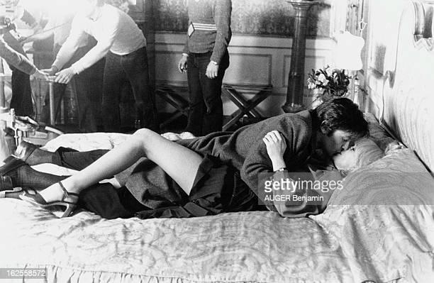 Shooting Of The Film 'L'Homme Presse' By Edouard Molinaro Tournage du film 'L'homme pressé' d'Edouard MOLINARO à VENISE Alain DELON et Mireille DARC...