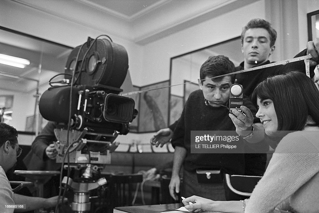 Shooting Of The Film 'Masculin Feminin' By Jean-Luc Godard : News Photo