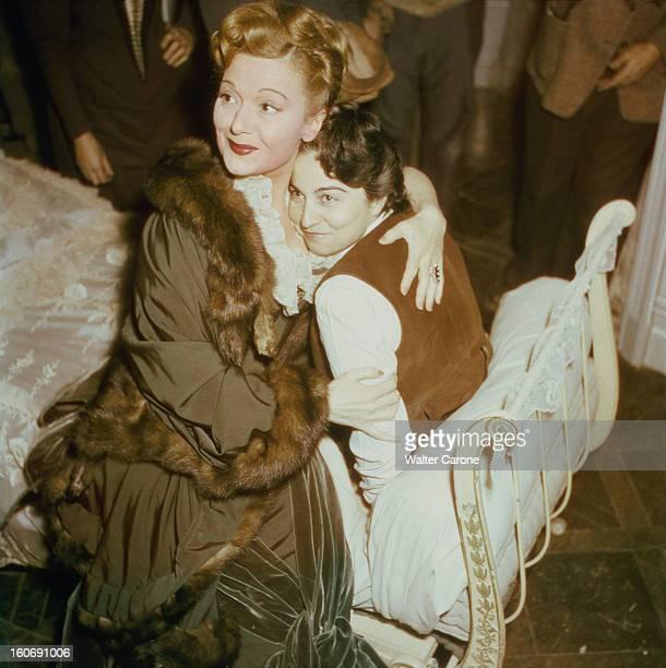 Shooting Of The Film 'olivia' By Jacqueline Audry Tournage du film 'OLIVIA' de Jacqueline AUDRY adapté d'un roman de Dorothy Bussy aux studios de...