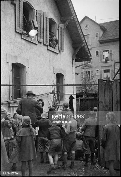 """Shooting of the movie """"Ein Weg bleibt offen"""", 1944"""