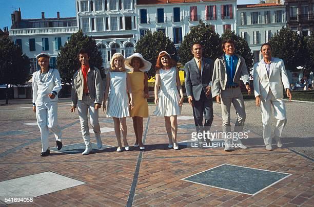 shooting of the movie Les Demoiselles de Rochefort by Jacques Demy the actors Jacques Perrin George Chakiris Francoise Dorleac Catherine Deneuve...