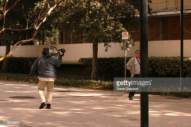 Shooting suspect William Strier walks down sidewalk outside the Los Angeles Superior Courthouse in Van Nuys California, October 31, 2003. The victim,...