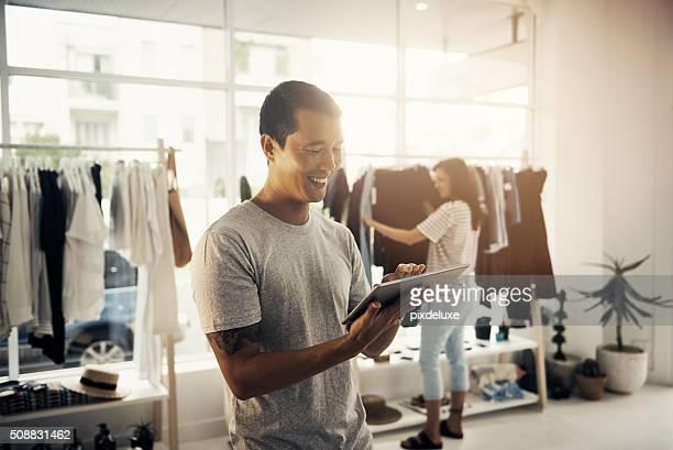 Einkaufen und Sparen Sie mit online-shopping