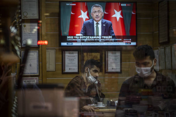 TUR: Turkish Economy as Lira Reels from Erdogan's Central Bank Cuts